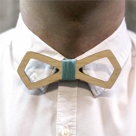 Деревянная галстук-бабочка из фанеры AB021