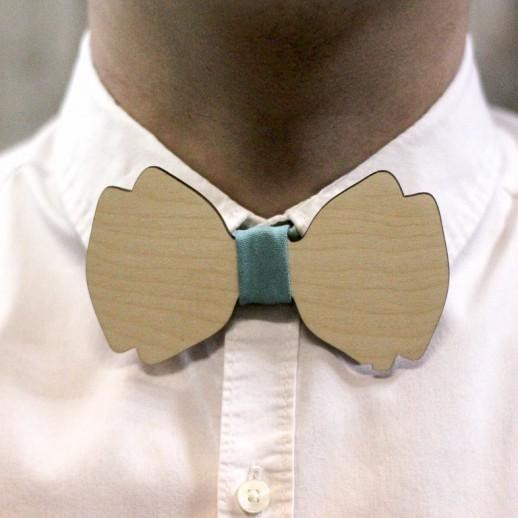 Деревянная галстук-бабочка из фанеры AB026